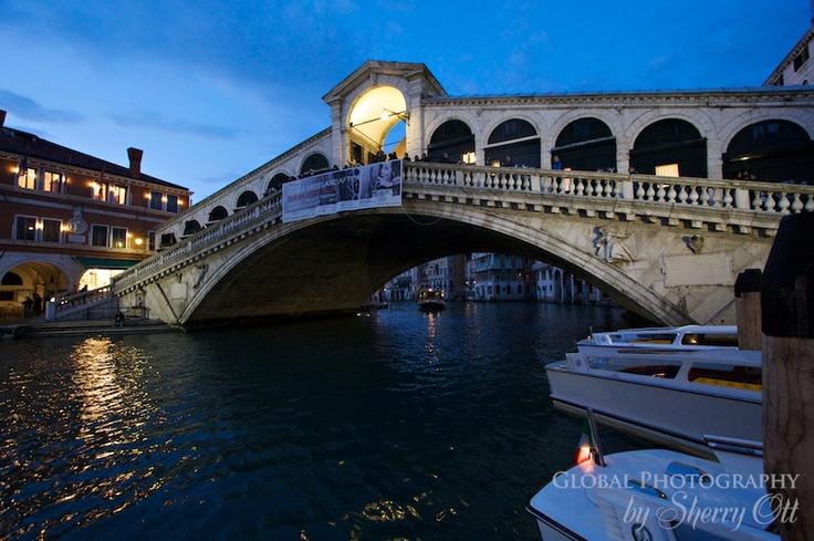 Rialto Bridge at night.