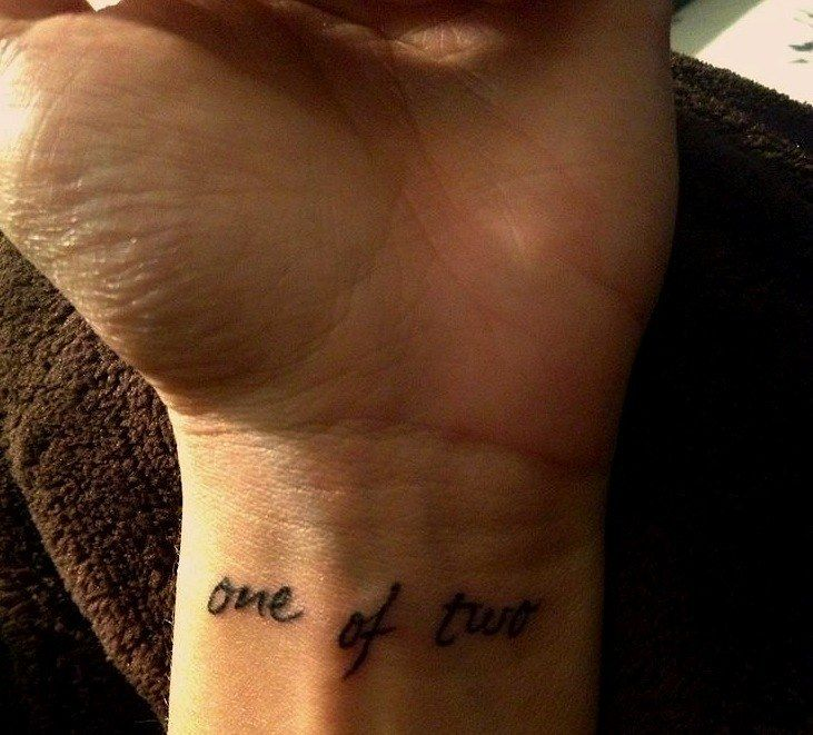 Best 25 tattoos for twins ideas on pinterest twin for Cool matching tattoos