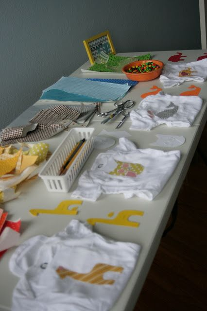Baby shower activity: template for DIY iron-on animal onsies
