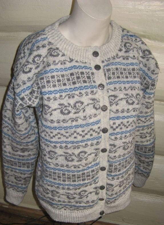 081bc8f9 Strikkestugu kofte (S). | Steder å besøke | Men sweater, Sweaters og ...