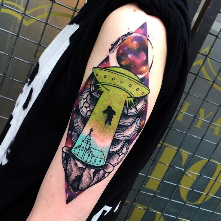 ❤️❤️. Done with @electricink #electricink #tattoo #tattoos #tattoodo #tattooed #taot #thebesttattooartists #TattooistArtMagazine #tattooart #tattooartist #tattoolife #tattooing #uk #inkig #ink #Birmingham #darkartists #radtattoos #dotworktattoo #fun #art #artist #space #sullenclothing #design #equilattera #tattrx #tattooink #alien #ufo