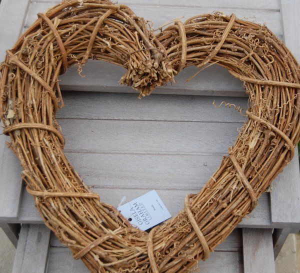 Gisela Graham Shaker Style Heart Wreath Rustic Home Wedding Accessory Gift Idea in Home, Furniture & DIY, Celebrations & Occasions, Christmas Decorations & Trees | eBay