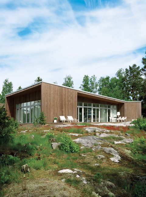 It took a mere six months—three in the factory and three on-site—for this prefab to come to fruition on the shore of Sweden's Müsko Island.