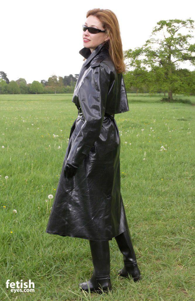 Shiny Black Rubber Raincoat S B R Mackintoshes