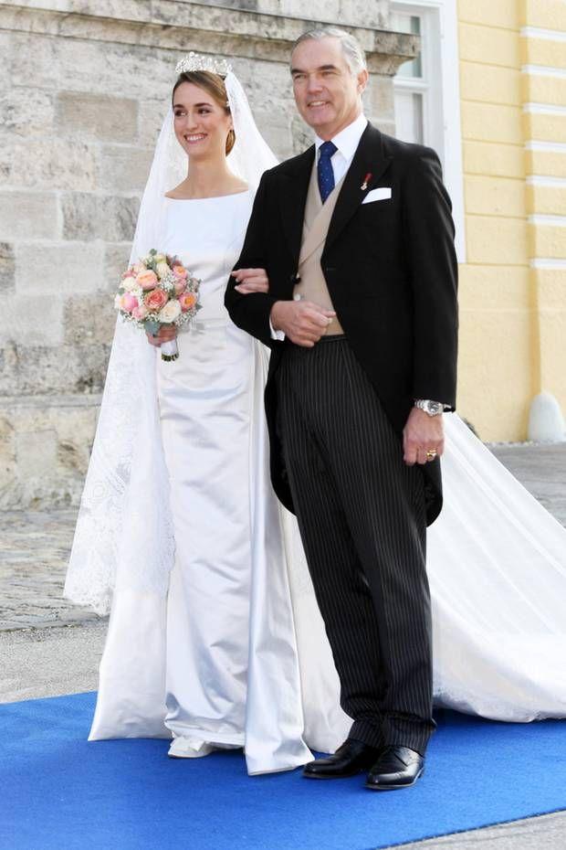 Royale Hochzeitskleider Wedding Dresses Dresses Fashion
