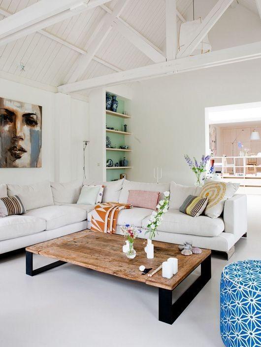 #white #livingroom #coffeetable