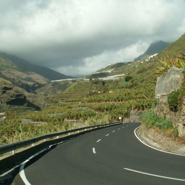 La Palma Sehenswürdigkeiten - Der archäologische Park mit Höhlenwohnungen, Felsbildern, kleinem Museum befindet sich südlich von Mazo ...