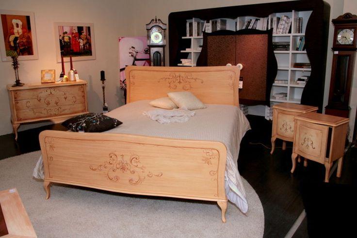 Oltre 1000 idee su camera da letto matrimoniale su for Camera matrimoniale in stile vittoriano