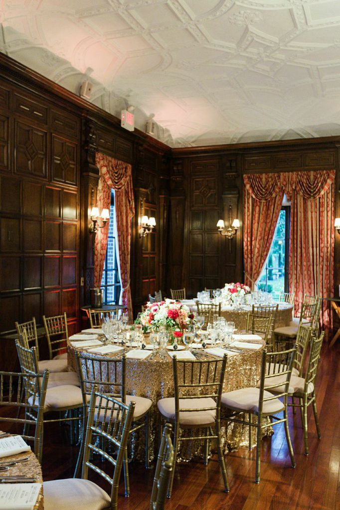 Cranberry And Gold New York Wedding At Nyit De Seversky Mansion