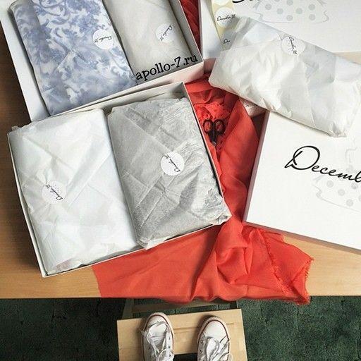 Утро в Краснодаре проходит именно так!  Иметь под рукой свою коробочку, упаковочную бумагу, бумажные пакеты и наклейки - вот это кайф!!!  ✌✌✌ Давно мечтаете о своей упаковке?! Пишите нам info@apollo-7.ru  Друзья, мы работаем со всеми городами России!   #москва #краснодар #российскаямода #утро #кофе #пошиввечернихплатьев #пошивкраснодар  #шоурум #шоуруммосква #бутик #летниеплатья #брендоваяобувь #брендоваяодежда #летняяобувь #russiandesigner #модакраснодар #тренд #стиль #стильнаяодежда…
