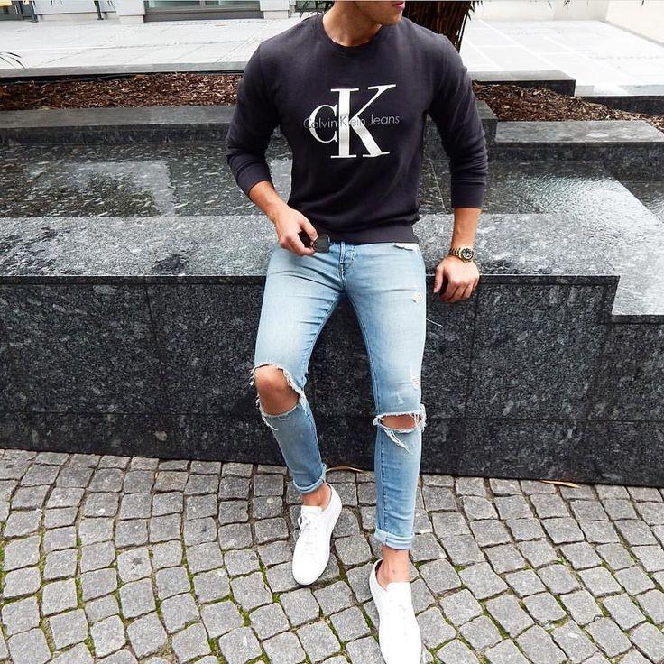 Calvin Klein #sweatshirt #rippedjeans and white sneakers by @streetandgentle [ ift.tt/1f8LY65 ] . . . . . der Blog für den Gentleman - www.thegentlemanclub.de/blog