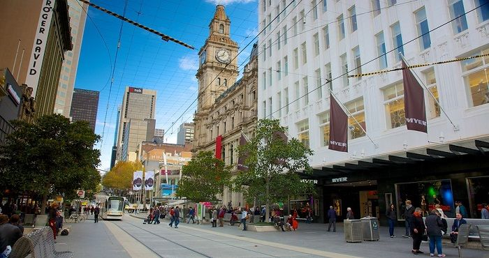 Known as the mutlicultural city, Melbourne is a must see destination when visiting Australia. Melbourne is home to a wide range of international cusines, shopping malls, entertainment and day tours.