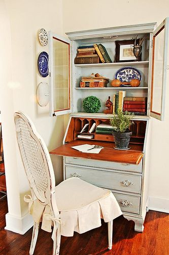 If I could find a secretary desk like this I would bypass the closet office!!! Anyone have any leads???