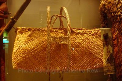 Kete used to carry kumara to the store pits with the aid of strong kawe (shoulder straps). Auckland Museum, Adrienne Rewi