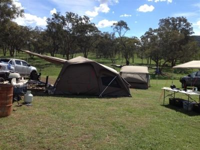 http://www.amazonoutdoors.com.au/blog/n/side-view-of-the-jet-tent-f-25x-with-an-oztent-rv-3-behind-it-140331  This is a side view photo of the Jet Tent F-25X with the Oztent RV-3 behind it and one of the Weber Q200 bbqs that were used over the weekend at the Jim Taylor Memorial Shoot near Mudgee   Click here http://www.amazonoutdoors.com.au/blog/n/side-view-of-the-jet-tent-f-25x-with-an-oztent-rv-3-behind-it-140331
