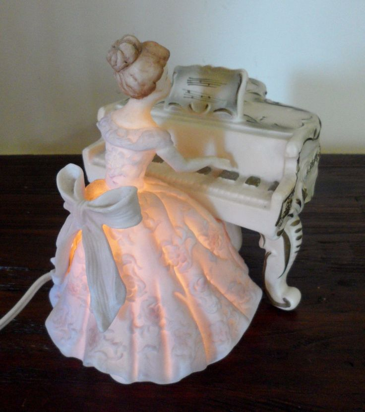 Victorian Night Lights | ... Japan Bisque Verithin Victorian Woman Lady at Piano Night Light RARE