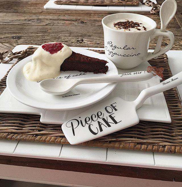Piece of cake❤️ #palakakkua #suklaakakku #hillosydän #naminamivaahtoa #slurps…