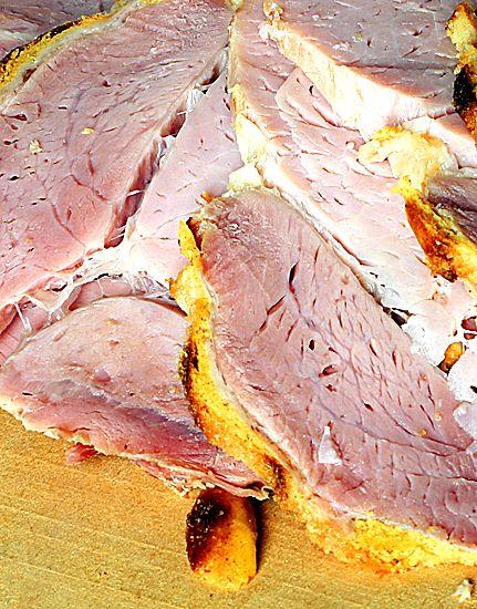 Kokt rimmad julskinka med kryddnejlikor | Recept.nu