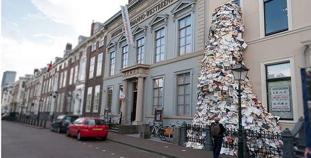 books-sculpture by alicia martin