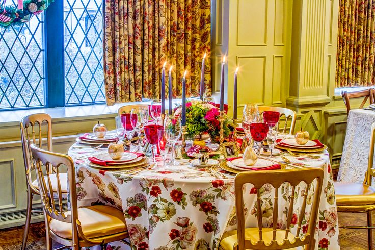 A traditional table design updated to reflect today's trends in fashion and decor