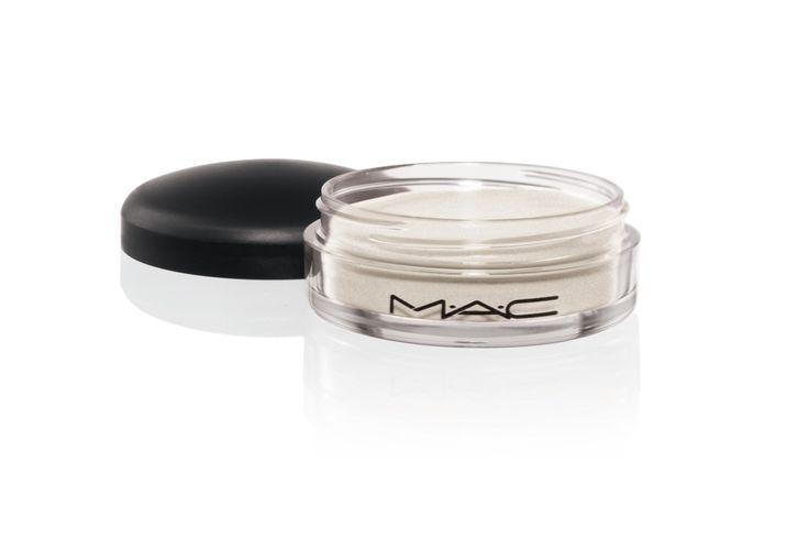 Studio Eye Gloss en el tono Pearl Varnish, de MAC (24 €).
