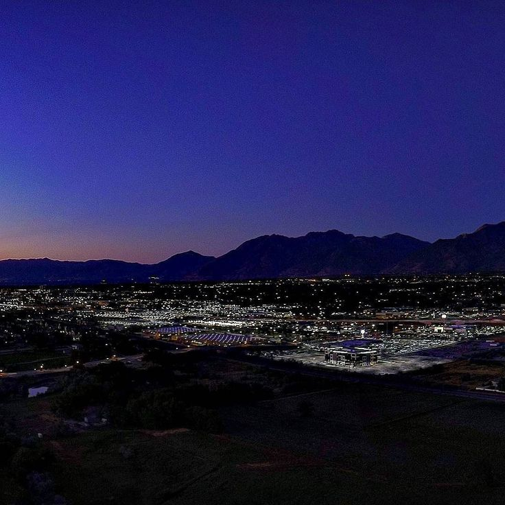 Tonight's sunset over Salt Lake City  #untethered #aerial #drone #uav #grid #utah #sunset #twilight  See the whole picture @untetheredair or visit UntetheredAir.com . . Elevate Your Media with Untethered Air  Follow along at http://ift.tt/2sNx4l7 and http://ift.tt/2ruYIzw . .  Untethered Aerial Solutions is Fully FAA Certified Licensed and Insured so you can focus on what matters most; Let us handle the airspace so you can grow your foundation. .  Now Accepting New Utah Clients!  Call/Text…