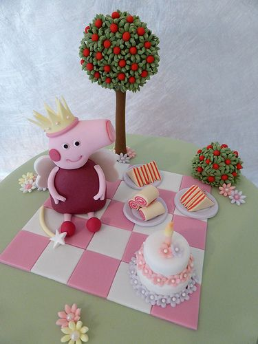Fairy Peppa Pig Cake - I like the picnic blanket and little cake and flowers.
