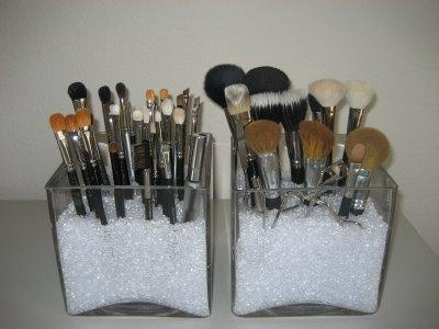 brush holder beads. diy make-up brush holder ala sephora -- i found the exact same beads p