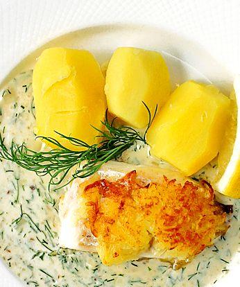 Vill du göra en klassisk svensk husmanskosträtt lite festligare så blir det gott med riven kokt potatis på toppen som får bli till ett knaprigt täcke i ugnen.