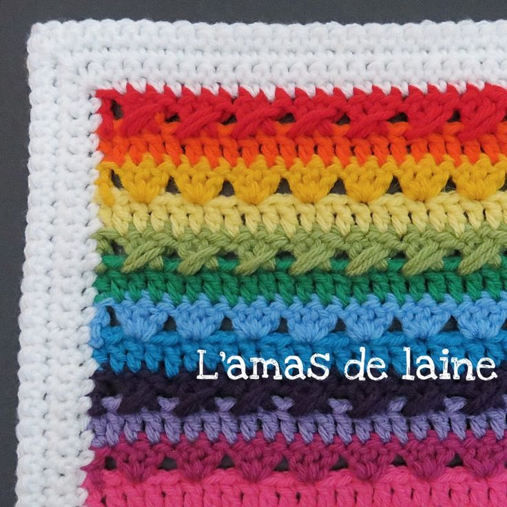 Crochet pattern: The Temperature Blanket. A free pattern that will let you start your own Temperature Blanket. With instructions to help you create your ''themometer'' depending on your choice of colours and the temperature of your city. By L'amas de laine.