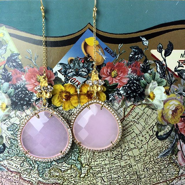 Pretty in pink. #earrings #jewelry #crystals #pink