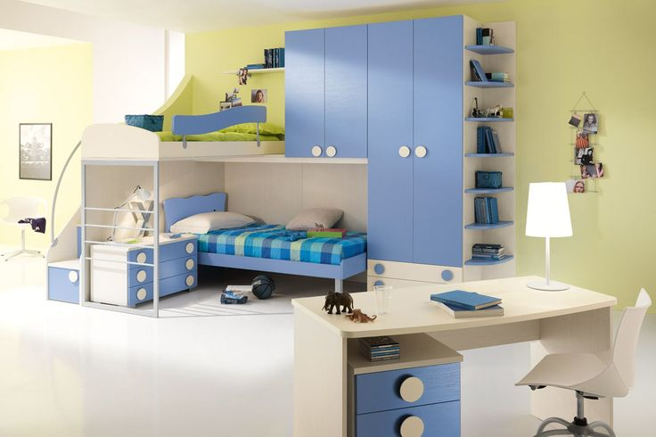 Compositions smart and functional in the line of bedrooms One of Spar. The ambiante perfect for study, rest and play with friends. http://www.spar.it/sp/it/arredamento/camerette-one-201.3sp?cts=camerette_one