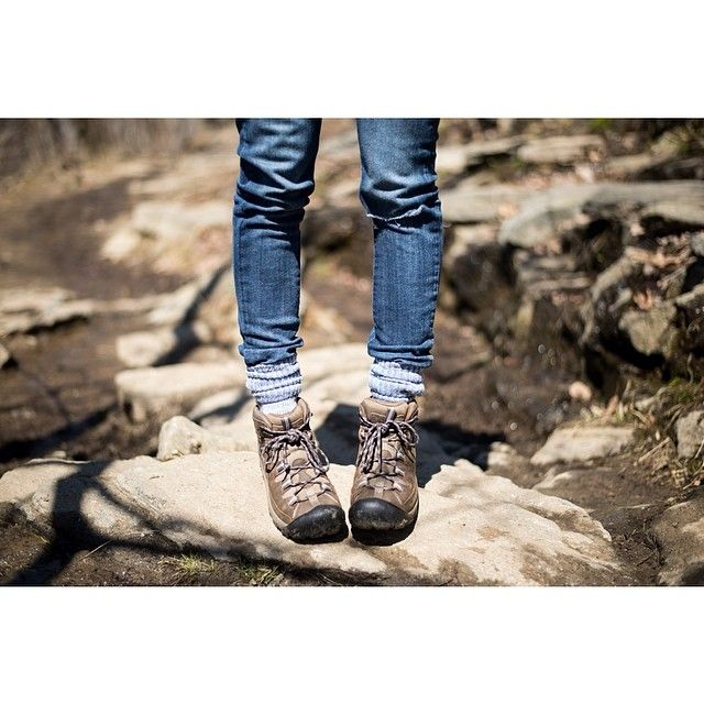 Get the look: KEEN Targhee II Instagram photo by @robcusick (Rob Cusick) |   http://www.keenfootwear.com/product/shoes/women/targhee-ii-mid/slate%20black!flint%20stone