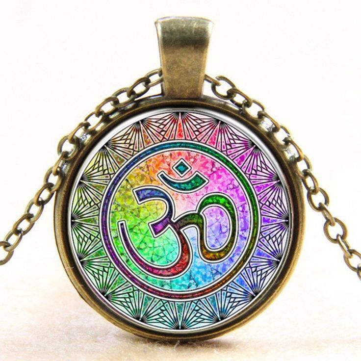 OM Pendant Necklace ~Silver Plated ~Murano Glass ~ 18K Gold Plated