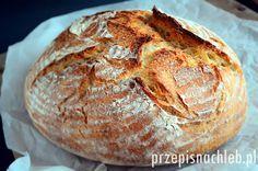 Chleb pszenny najlepszy. Ten chleb to ostatnio mój zdecydowany faworyt. Eksperymentowałam z różną ilością mąki i wody, i to są proporcje optymalne dla średnio doświadczonych domowych piekarzy. Najlepsze efekty można osiągnąć piekąc w garnku żeliwnym – to fakt. Polecam zatem zakup garnka żeliwnego każdemu, kto ma ochotę piec piękne bochenki we własnym, domowym piekarniku. Przepis […]