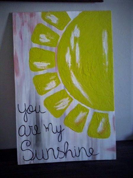 Ideia retirada aqui do Pinterest, feito em madeira compensada, usando massa plástica tingida para o Sol.