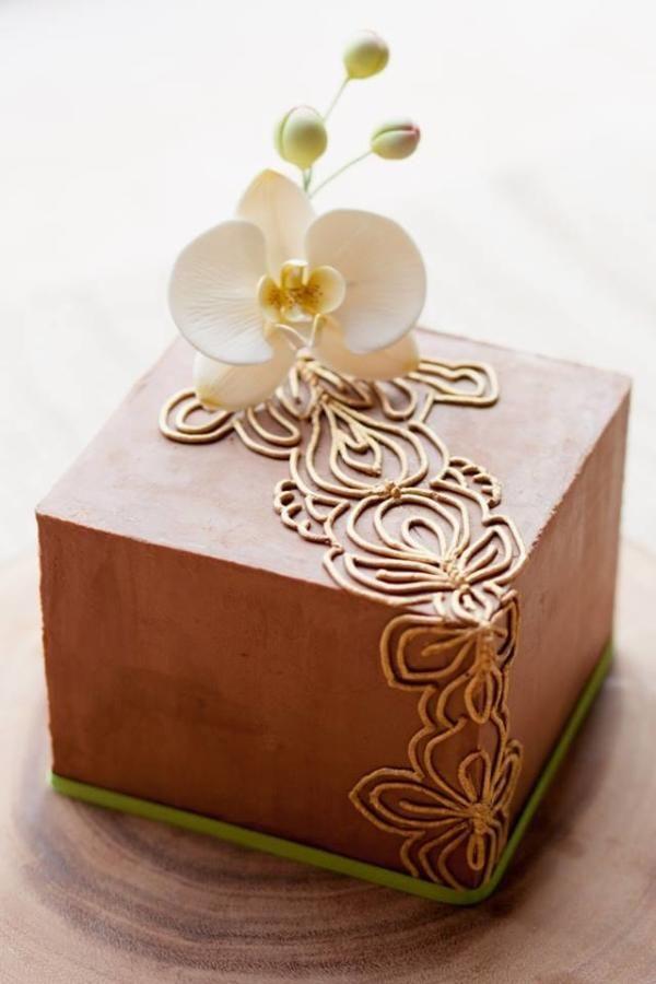 Phalaenopsis Orchid Cake