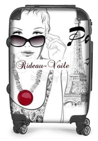 Valise à roulette personnalisée - La Parisienne lunette de soleil & les Jardins du Trocadéro - Tour Eiffel Paris Toujours - 250€ Paris#valise#original#fille#parisienne#toureiffel#Trocadero#champsdemars#roulette#idée#cadeau#