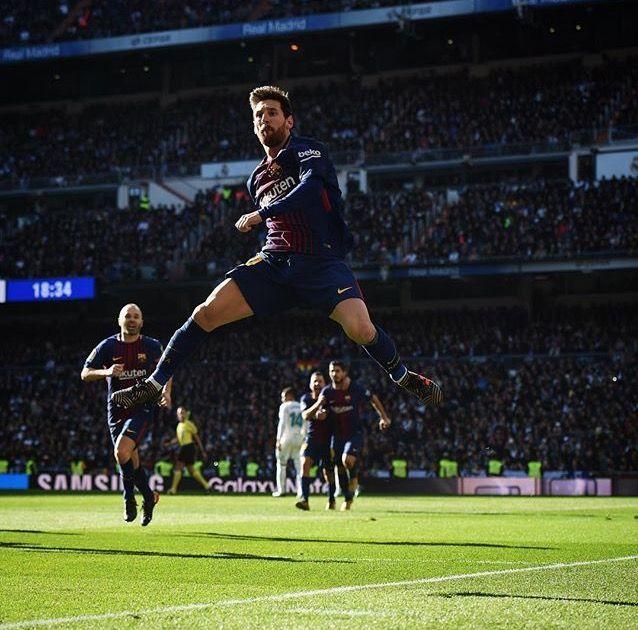 La celebración de Messi al anotar contra el Real Madrid.
