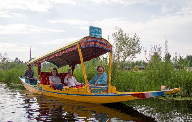 Shikara ride on Dal Lake, Srinagar