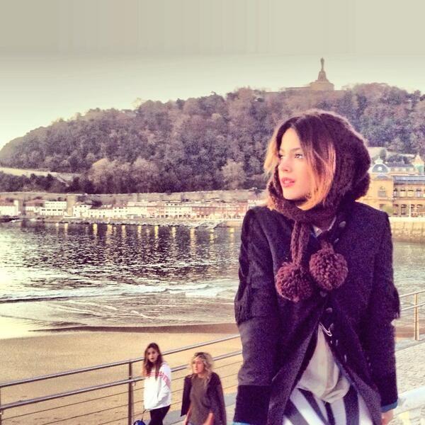 Barcelona con frio pero ella linda como siempre