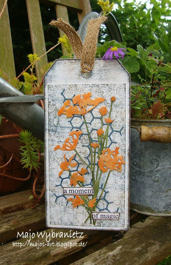 For our new challenge at USE YOUR STUFF  we challenge you to use a die cut and/or a punch on your creation.     I used the Tim Holtz dies *...
