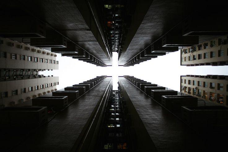 Λαβύρινθοι αντανακλάσεων: οι εντυπωσιακοί ουρανοξύστες του Hong Kong