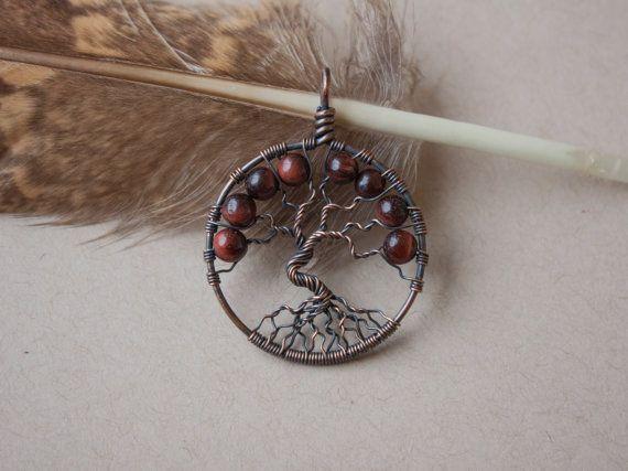 Pendentif arbre de vie oeil de taureau par oPetitePlumeo sur Etsy #wirewrap #handmade #gemstones #jewelry #pendant #cristals #precious #necklace #tree #treeoflife #petiteplume #opetiteplumeo #boho #gypsie #bohemian #tiger #red #taurus