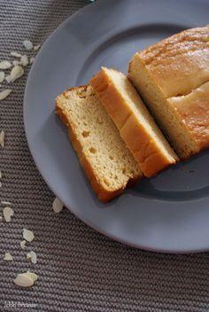 Lekki brzusio.: Ciasto z ciecierzycy (bez mąki i cukru)