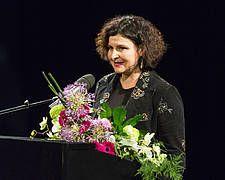 Schauspiel Leipzig: Caroline-Neuber-Preis 2016 an Monika Gintersdorfer überreicht
