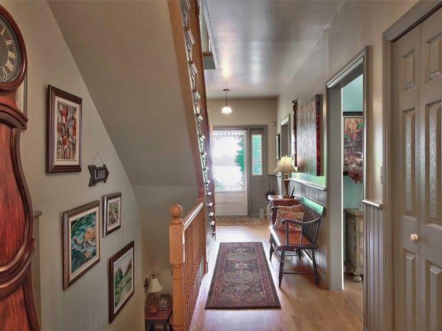 http://www.realtor.ca/propertyDetails.aspx?PropertyId=14749555