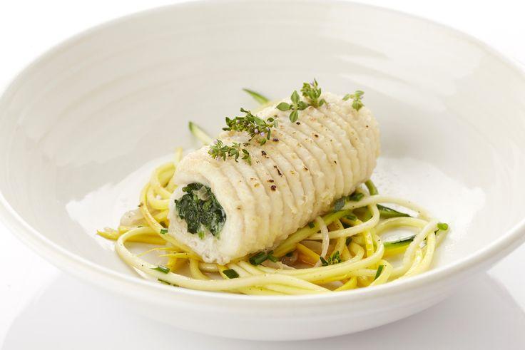 Cannelloni van rog en spinazie, kort gewokte courgettes en tijm-olie (Rog op zijn best: juni tot maart)
