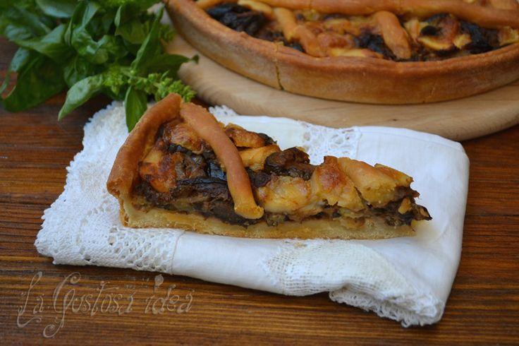 La crostata di melanzane è una torta salata gustosa e facile da preparare.