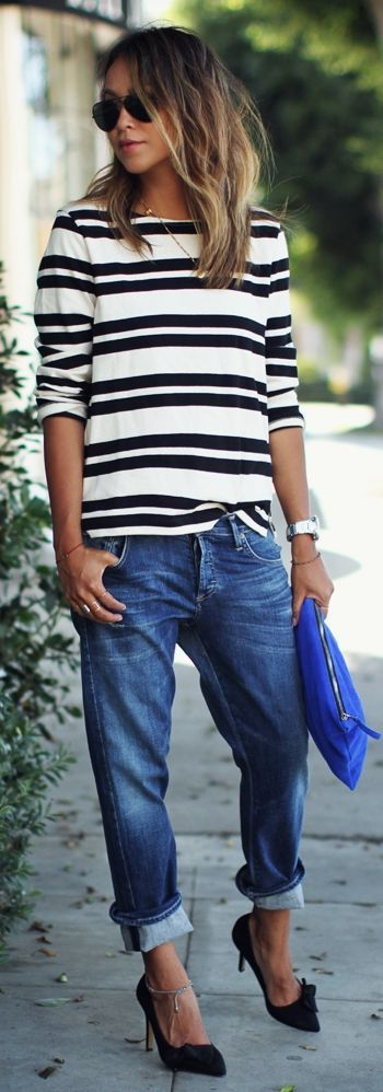 Boyfriend jeans, striped tee and simple heels. #streetstyle
